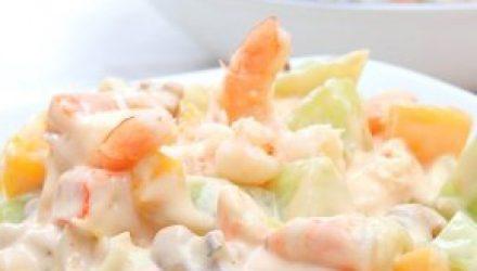 Салат «Коралловый берег» на Новый год – для любителей морепродуктов