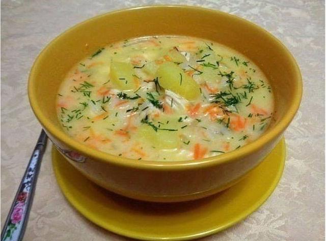 1-41 Сырный суп с куриным филе