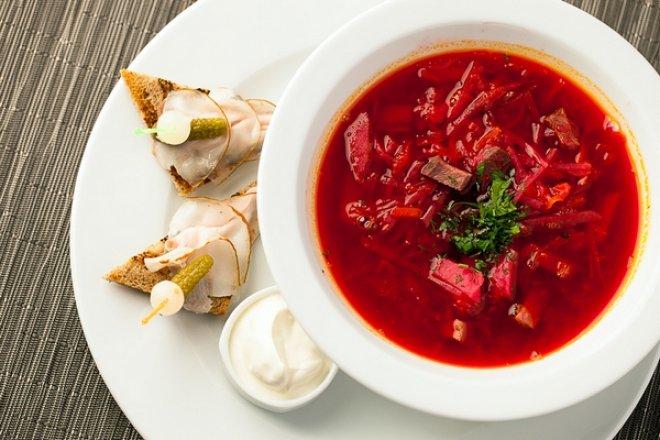 10-6 Украинский борщ с говядиной и копченым салом