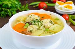 1-76 Суп со спаржевой фасолью и фрикадельками