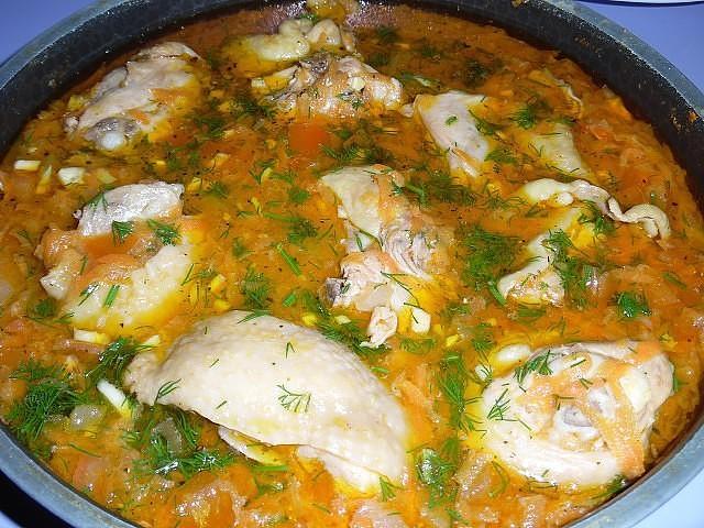 1-83 Курица с овощной подливой