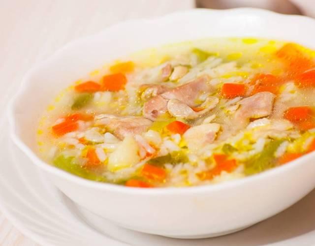 1-111 Рисовый суп с курицей и шпинатом