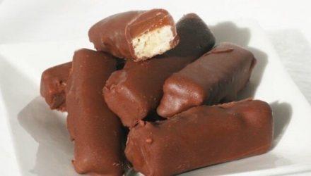 Конфеты с карамелью в шоколадной глазури