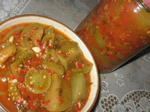 1-93 Зеленые помидоры в аджике