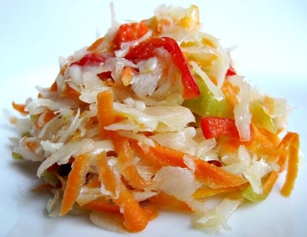 1-80 Салат из капусты в горячем маринаде