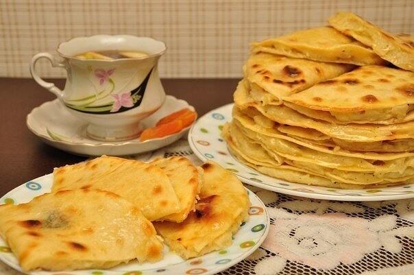 1-19 Кыстыбый - татарские лепешечки с картошкой-пюре