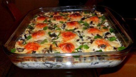 Куриные фрикадельки под сливочно-грибным соусом