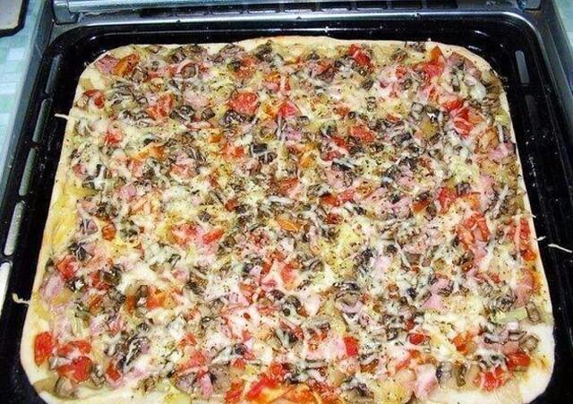 i-2021-02-04T145750.187 Как приготовить пиццу с тонкой хрустящей основой за 20 минут.